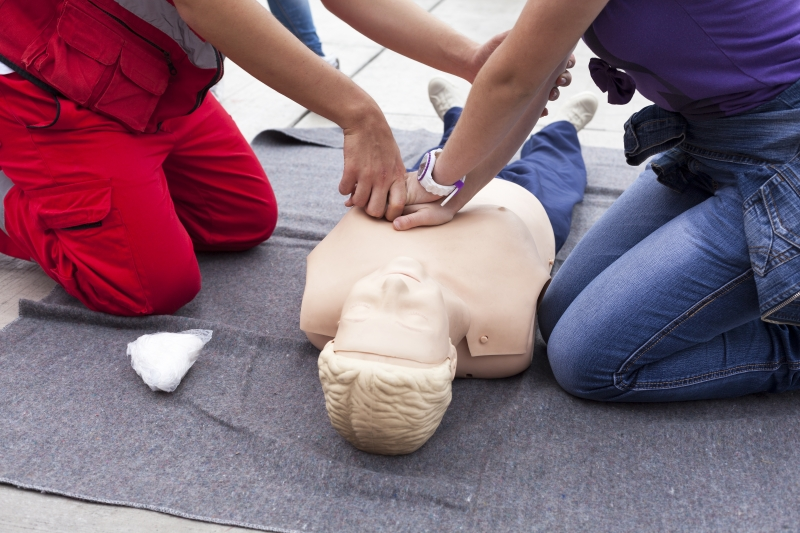 10145398-first-aid-training